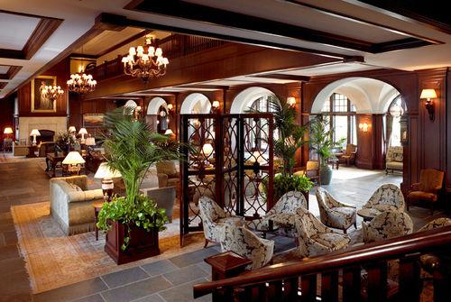 43_lodge_livingroom