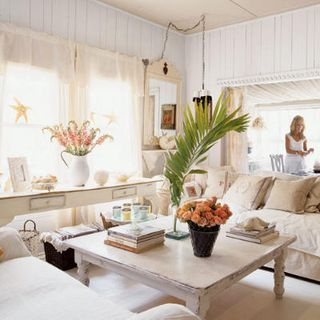 Oneill-living-room-l